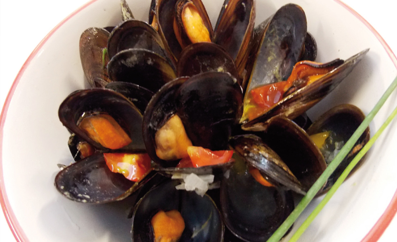 POLESINE-STYLE MUSSELS